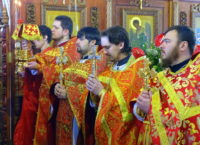 В среду Светлой седмицы настоятель собора сослужил правящему архиерею Костомукшской епархии
